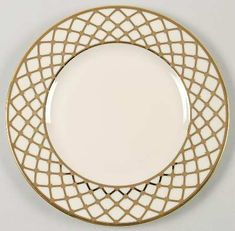 . nuce accent pattern to my regular china