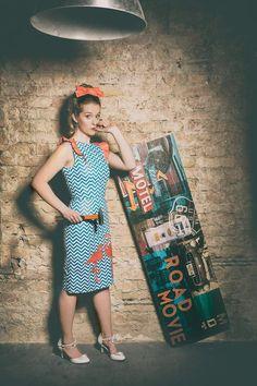 Flamingo Pencil Dress: vintage / pin-up / rockabilly pencil dress by TiCCi Rockabilly Clothing Rockabilly Outfits, Rockabilly Clothing, Flamingo Dress, Cherry Dress, Vintage Pins, Pencil Dress, Dress For You, Dress Making, Perfect Fit