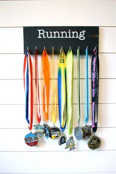 Running Medal Display - Medium