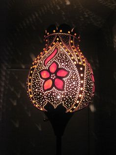 Here visitors can purchase unique gourd lights that have been created and crafted by hand. Custom orders are also available and shipping can be negotiated. paypal accepted.