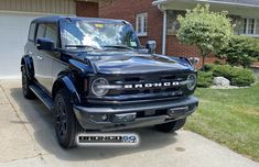 Bronco Car, New Bronco, Bronco Sports, Custom Trucks, Custom Cars, Ford Bronco Concept, Land Defender, Classic Ford Broncos, Ford Excursion