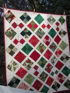 Lattice Christmas Quilt | Needle and Foot