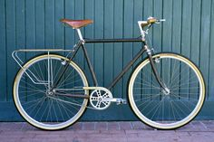 Combination of a cohesive style build and great details on this single speed. From Golden Saddle Cycles in LA.