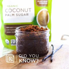 Did you know that you can experience the incredible benefits of superfoods without even eating them? Coconut Body Scrubs, Coconut Oil Body Scrub, Coffee Cellulite Scrub, Coffee Face Scrub, Body Scrub Recipe, Diy Body Scrub, Bio Oil Stretch Marks, Homemade Beauty Tips, Diy Beauty