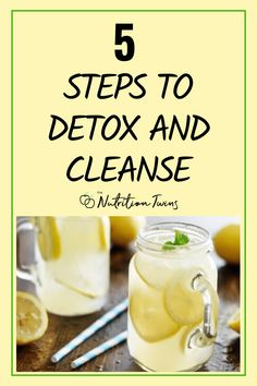 5 Steps to Detox and Cleanse. Flush bloat fast with these detox drink recipes, foods to fight bloat and eat these flat belly foods. Get healthy with t Nutrition Tips, Fitness Nutrition, Diet Tips, Health Tips, Diet Ideas, Cleanse Your Body, Body Detox, Drinks For Bloating, Low Calorie Salad