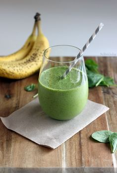 Spinach Flax Protein Smoothie: 1 cup unsweetened almond milk (or any kind) 1 large handful of organic baby spinach, washed ¼ cup frozen mango chunks ¼ cup frozen pineapple ½ of a banana (fresh or frozen) 1 Tbsp flax meal (optional) 1 Tbsp chia seeds (optional) 1 scoop vanilla protein powder (optional)