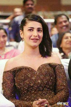 Beautiful Saree, Beautiful Indian Actress, Beautiful Women, Samantha Photos, Samantha Ruth, Shruti Hasan, Kali Goddess, Latest Tops, South Actress