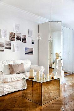 mirror / coffee table / cocktail table / living room / interior design / scandinavia / white