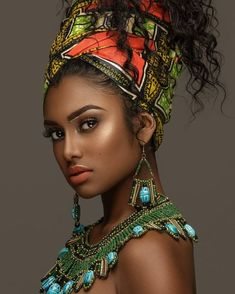 👑 👑 Makeup by Photographer Stylist Jewelry Beautiful Dark Skinned Women, Beautiful Black Girl, Beautiful Women, African Beauty, African Women, African Fashion, Black Women Art, Black Girls, Dark Beauty
