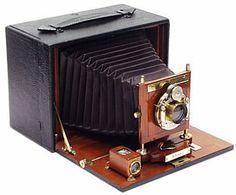So Amazingly Gorgeous...  Vintage wood cameras | Rob Niederman Focuses on Antique Wood Cameras | Collectors Weekly