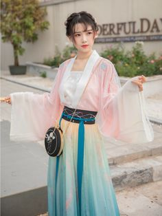 Traditional Fashion, Traditional Dresses, Chinese Clothing, Oriental Fashion, Japanese Outfits, China Fashion, Hanfu, Beautiful Asian Girls, Costumes For Women