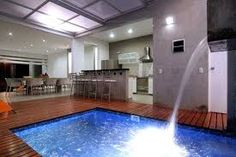 Resultado de imagen para piscinas dentro de casa