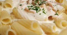 Lachs-Sahne-Soße, ein Rezept der Kategorie Saucen/Dips/Brotaufstriche. Mehr Thermomix ® Rezepte auf www.rezeptwelt.de