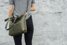 hustle & hide co // the ren tote in olive leather