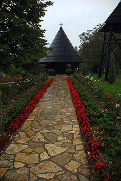 Manastir Pokajnica Drewniany kościół poświęcony przeniesienie relikwii z St Mikołaja w pobliżu Velika Plana, zabytek kultury o wielkim znaczeniu,