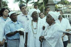 Cerimônia de 1 ano de Retorno ao Orum do nosso grande baluarte negro Abdias Nascimento, com Flávia Pinto, Pai Zezito, Flavio Costa, Mãe Edeuzuita e Mãe Beata
