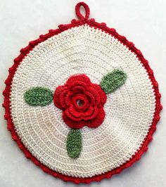 Round Rose Potholder