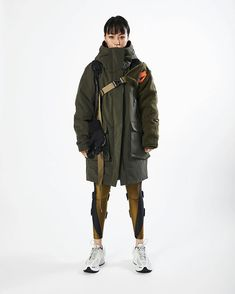 Yuzuki Shen x Nike deconstruction & reconstruction. - Big Layer Of Stupid 1950s Jacket Mens, Cargo Jacket Mens, Bomber Jacket, Leather Jacket, Moda Cyberpunk, Cyberpunk Fashion, Manga Girl, Khaki Parka, Inspiration Mode