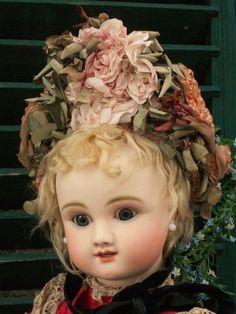Superb 19th. Century French Doll Straw Bonnet #dollshopsunited http://www.dollshopsunited.com/stores/whendreamscometrue/items/1304237/Superb-19th-Century-French-Doll-Straw-Bonnet/enlargement1