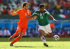 In the 50th minute, Giovani dos Santos put a shot into the bottom corner from 20 yards to put Mexico 1-0 up.