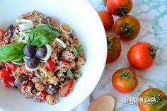 Insalata Mediterranea di Quinoa Fatto in casa è più buono