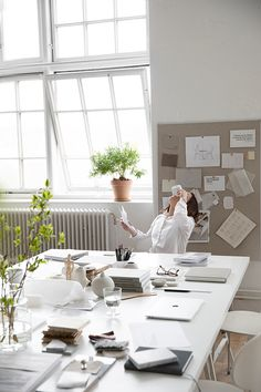 Hem - Trendenser Hem, Life Is Beautiful, Office Desk, Space, Storage, Interior, Furniture, Business, Home Decor