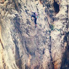 Climbing is worth the commute! | rockclimbingwomen.com