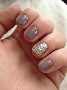 "I have short nails because I work alot with my hands love these styles that make even short look good. Essie ""Miss Fancy Pants"" LA Splash Nail Art Glitter in Golden Egg. Gray Nails, Love Nails, Pretty Nails, Fun Nails, Grey Nail Designs, Short Nail Designs, Art Designs, Design Ideas, Essie"