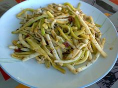 La meilleure recette de Calamar à la plancha! L'essayer, c'est l'adopter! 5.0/5 (3 votes), 4 Commentaires. Ingrédients: 7 à8 beaux calamars 1 petit morceaux de chorizo 1 courgette un filet d huile de tournesol sel