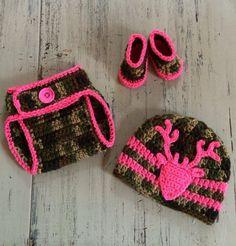 Newborn Baby Girl Crochet Camo hat, diaper cover and booties, Crochet Camo set, Camoflauge, Photo Prop, Hunting set, Deer Hat, Camo and Pink by SweetTandHoneyBees on Etsy