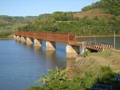 Ponte Ferroviária no Rio Uruguai