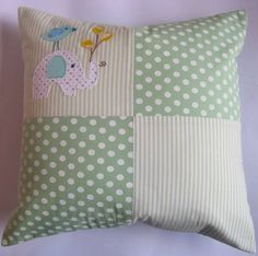Inspiration for handmade baby gifts Cute Pillows, Diy Pillows, Handmade Pillows, Decorative Pillows, Cushions, Throw Pillows, Patchwork Cushion, Quilted Pillow, Handmade Baby Gifts