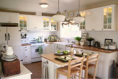 20 Sensational small space kitchen islands leaving you inspired-slide2