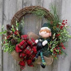 Woodland Irish Christmas Elf Wreath by NewEnglandWreath Christmas Wreaths To Make, Holiday Wreaths, Christmas Projects, Holiday Crafts, Christmas Crafts, Christmas Ornaments, Holiday Decor, Winter Wreaths, Art Floral Noel