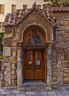 Church of Panagia Kapnikareas details, Athens, Greece (by smenzel via Flickr)