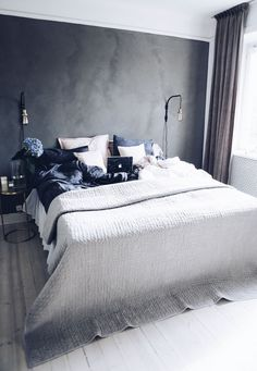 Find images and videos about home, bedroom and interior on We Heart It - the app to get lost in what you love. Dream Bedroom, Home Bedroom, Bedroom Wall, Master Bedroom, Bedroom Decor, Home Interior, Interior Design Living Room, Casa Clean, Bedroom Inspo