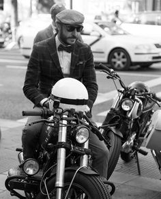 """""""You don't need a reason to help people >> last Sunday with @gentlemansride in Madrid. #crd61 by @caferacerdreams  Photo by @alvaroperezfoto  #dgr…"""""""