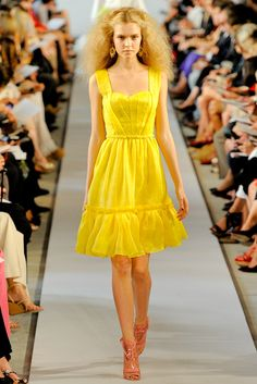 Oscar de la Renta Spring 2012 Ready-to-Wear Fashion Show - Josephine Skriver