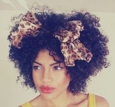 i love this , sometimes i wish i had curly hair like that