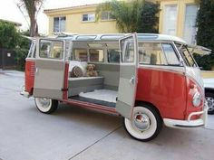 Vintage Campers For Sale Vw Bus Ideas Volkswagen Transporter, Transporteur Volkswagen, Vw T1 Camper, Volkswagen Bus Interior, Kombi Interior, Combi Vw T2, Combi Ww, Vw Classic, Classic Trucks