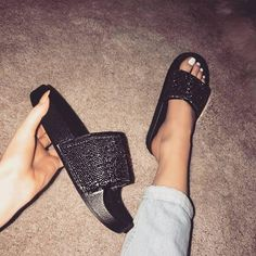 Do you love women slides rhinestone sandals? Our start of fall sale off of these Black Rhinestone Slides. Do you have a fashionable friend that would love this aesthetic black slides? Cute Sandals, Cute Shoes, Me Too Shoes, Shoes Sandals, Shoes Sneakers, Heeled Boots, Shoe Boots, Simmi Shoes, Sneaker Heels