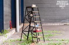 Voeg wat meer leven toe aan je interieur: plaats leuke planten en bloemen op deze ladder voor een levendig resultaat. Een prachtig meubelstuk dat charme toevoegt aan je interieur.