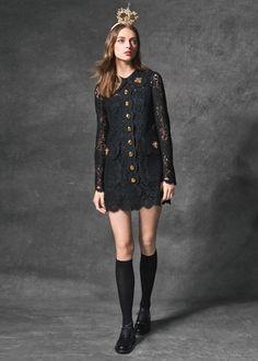 Scopri Dolce & Gabbana Collezione Donna Autunno Inverno 2016 2017 Wonderland e lasciati ispirare.
