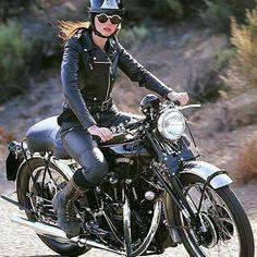 THUNDER⚡️DOLLS | @thunderdolls | Tag: #thunderdolls | @tamararaye for @heroesmotorcycles #heroesmotorcycles #vincentmotorcycle
