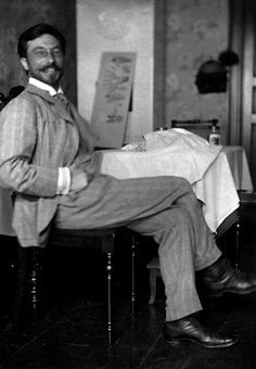 Kandinsky, ca 1905. Love him. I did a paper in college on the friendship between him and Schoenberg. Fascinating man.