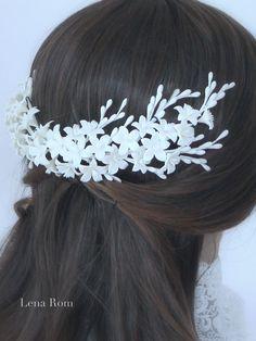 Bridal headpiece/ Bridal crown/ Blossoms por LenaRomHeadpieces