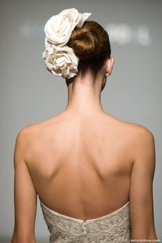 Beautiful back gown detail and lovely hairpiece