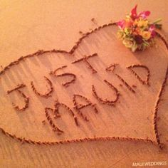 Cute idea for anyone who might be getting married or honeymooning in Maui :)