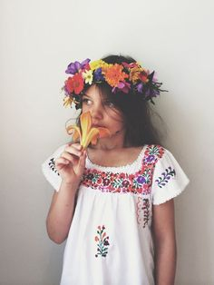 My flower girls Mexican Party, Mexican Style, Cute Fashion, Kids Fashion, Floral Crown Wedding, Floral Crowns, Wedding Flowers, Crown For Kids, Mexican Flowers