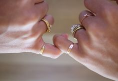 elegant rings -do it like the bloggers wear them in all fingers